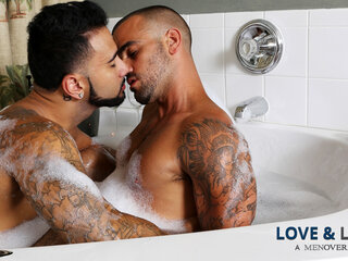 Rikk York & Damien Crosse in Love & Lather Video gay hd gay muscle gay sex
